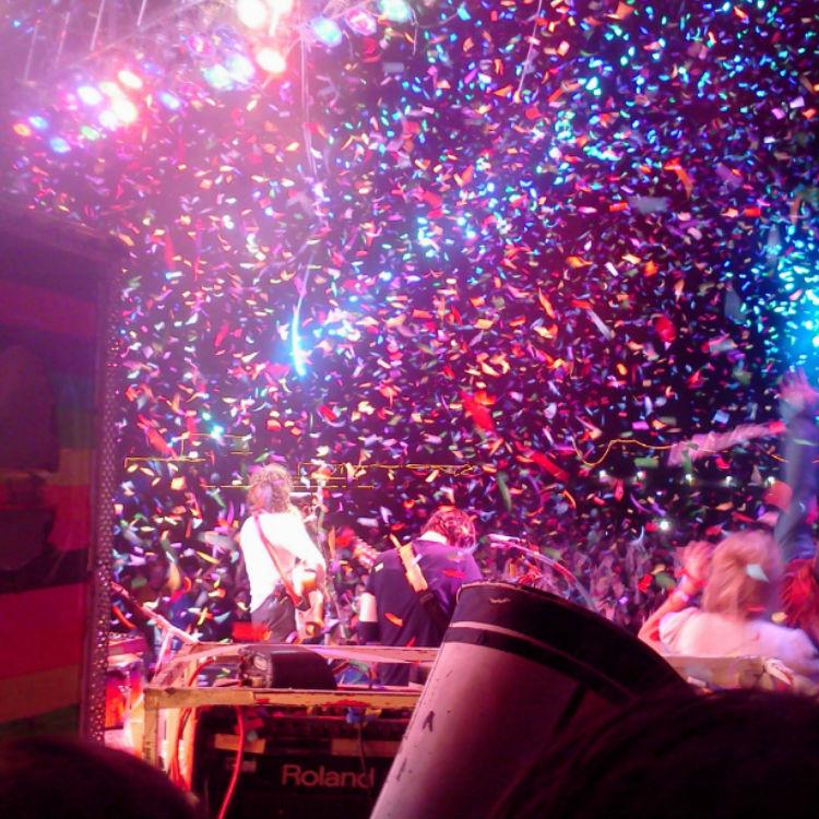Confetti Canon Rental in Orlando : Dj Peoples Orlando